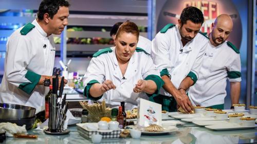"""Porție de adrenalină disearã la """"Chefi la cuțite"""":  bucătarii gătesc pentru un juriu de bikeri"""