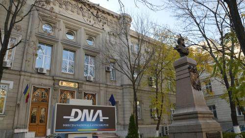 """DNA face """"înţelegeri secrete cu evreii""""de 800.000 euro"""