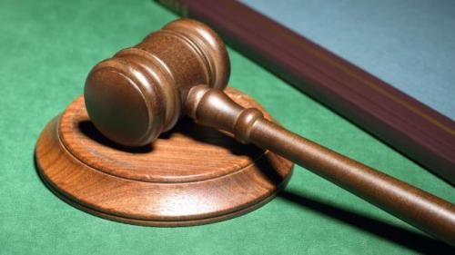 ÎCCJ:Membrii Executivului sau Legislativului nu au căderea să aprecieze în ce măsură o hotărâre judecătorească va fi menţinută sau nu în căile de atac