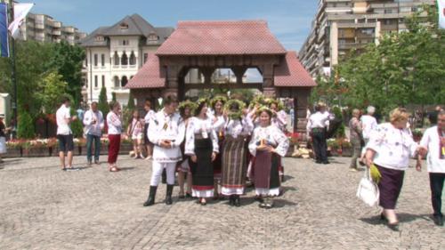 Festivalul 'RomânIA Autentică', simultan la Iaşi, Braşov şi Hobiţa