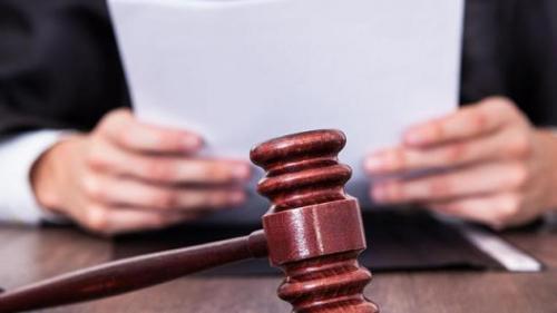 Un octogenar, fost şef al mafiei din New England, găsit vinovat pentru o crimă comisă în 1993