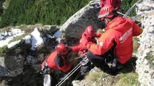 O turistă a fost rănită pe un traseu din Bucegi