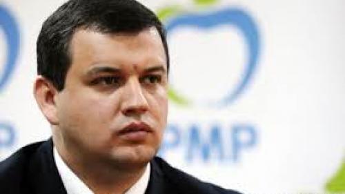 Tomac: Cei din PSD, obişnuiţi din 6 în 6 luni să-şi schimbe guvernul