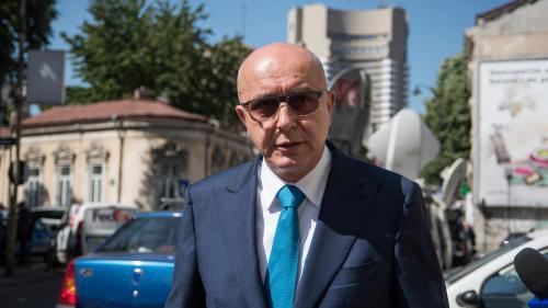 La 11 luni de la condamnarea magnatului Popoviciu, instanța încă deliberează asupra prejudiciului din dosar