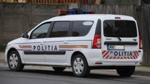 Un şofer din Botoşani este cercetat penal după ce o femeie a căzut din autocarul pe care îl conducea