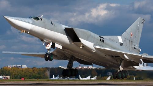 Rusia: Rachetele Kinjal, testate pe bombardiere Tu-22M3