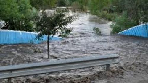 Alertă hidrologi! Cod portocaliu de inundaţii pe râuri mici din judeţele Tulcea şi Constanţa