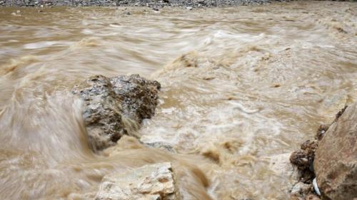 Cod portocaliu de inundaţii pe râuri din Muntenia; Cod galben pe cursuri din Oltenia şi Muntenia