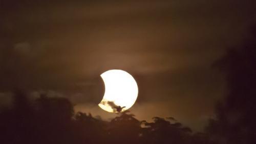 Vineri, 13 iulie: O eclipsa partiala de Soare si o superluna!