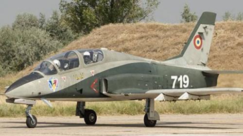 ALERTĂ - UPDATE - Un avion militar s-a prăbușit în județul Bacău. Piloții au fost recuperați