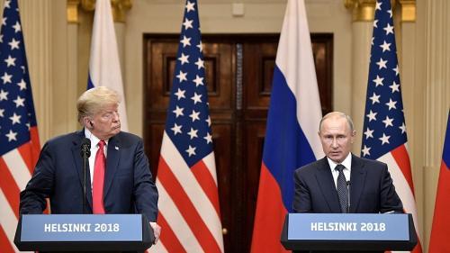 Cele mai amuzante meme-uri după summitul dintre Trump şi Putin