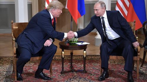 """Presa europeană:  După ce a """"umilit"""" Europa, Trump """"s-a înclinat în faţa lui Putin"""""""