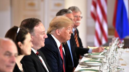 Trump spune că s-a exprimat greşit la Helsinki şi că are încredere în concluzia agenţiilor americane privind Rusia