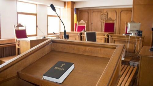 Ești martor într-un proces civil? Află tot ce trebuie să știi despre cum se depune mărturie