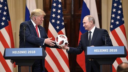 """Trump: """"ştirile false au luat-o razna"""" după summitul cu Putin"""
