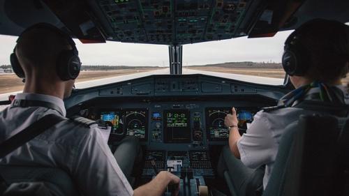Grevă la Ryanair: Vor fi afectati aproape 50.000 de clienţi
