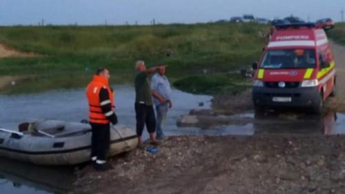 Un copil de 12 ani s-a înecat în comuna Ioneşti, într-o zonă în care se efectuează lucrări de excavare