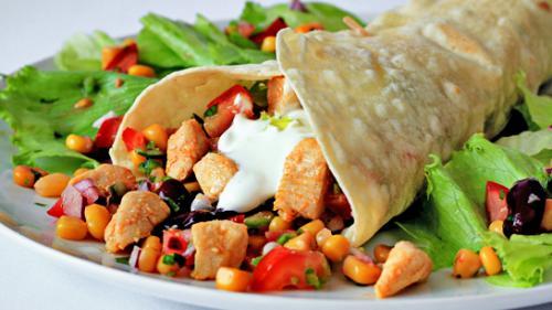 Reţeta zilei: Burrito de pui