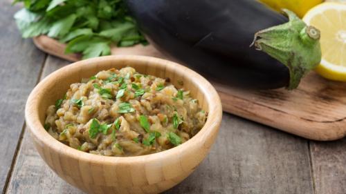 Reţeta zilei: Salată de vinete libaneză