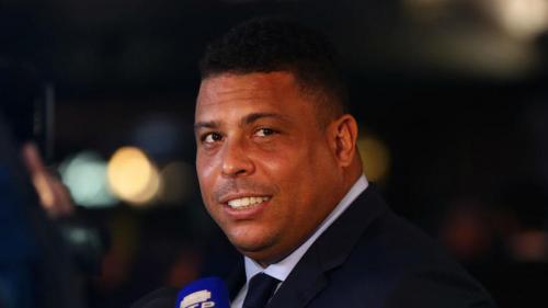 Fostul internaţional brazilian Ronaldo, spitalizat din cauza unei pneumonii