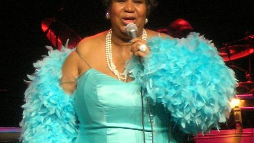 VIDEO - Celebra cântăreață Aretha Franklin, internată în spital în stare gravă