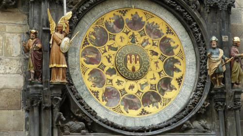 Horoscop zilnic 19 august 2018. Săgetători simt nevoia să mediteze un pic la viaţa lor