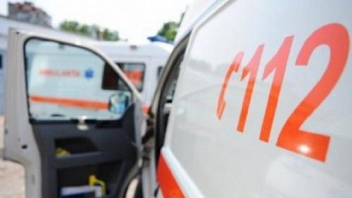 Grav accident in Vrancea: Barbat lovit de o maşină pe DN 23