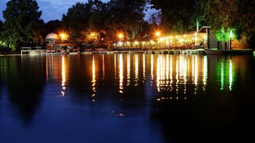Festivalul 'Bucureştii lui Caragiale' începe în Parcul Cişmigiu