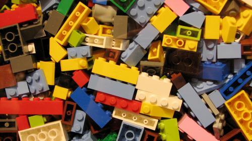 O armă realizată din piese de Lego a declanşat o operaţiune a poliţiei în Germania