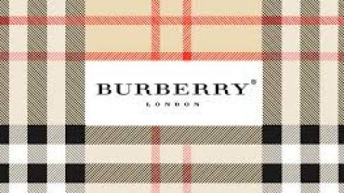 Schimbare radicală la casa de moda Burberry