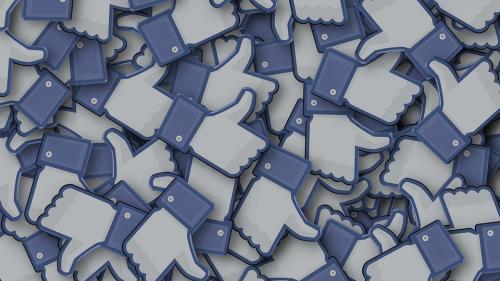 Comportamentul pe Facebook, influenţat de starea psihică şi emoţională