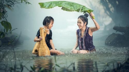 """China plănuiește construirea unei """"fabrici de ploaie"""""""