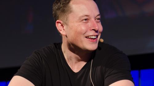 Primul călător care va merge pe Lună cu naveta lui Elon Musk