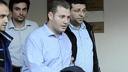 Cu socrul întors în politică, ginerele lui Blaga a clonat o firmă de pază