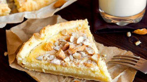 Reţeta zilei: Tartă cu brânză, portocale şi migdale