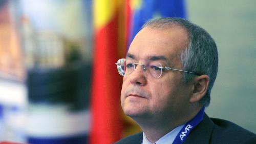 Emil Boc, client fidel al unei firme devoratoare de primari