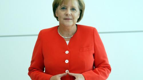 Angela Merkel solicită dezvoltarea de baterii pentru vehiculele electrice