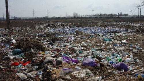 Comisia Europeană vine să ne strângă gunoaiele