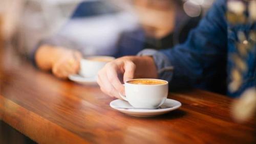 Consumul zilnic de cafea scade riscul de apariție al unei boli cronice. Află despre ce e vorba