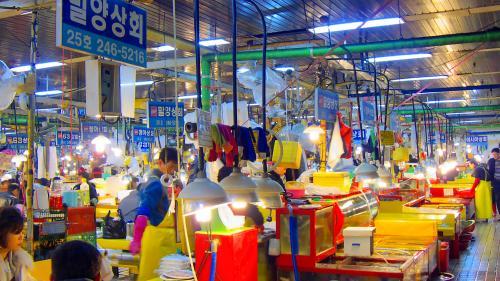 Extenuarea face sute de victime pe an în Coreea de Sud
