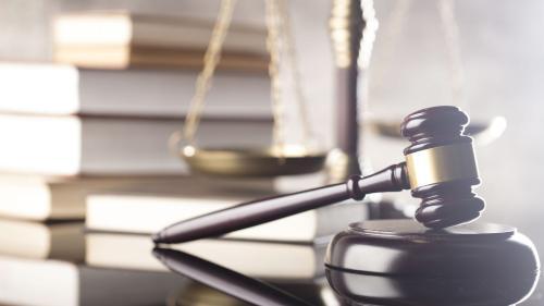 Noi oportunități pentru juriști și economiști: Tribunalul de Arbitraj