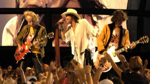 Chitaristul formaţiei Aerosmith, internat de urgenţă la spital după un concert