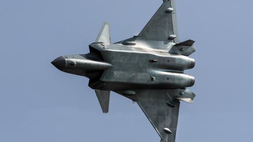 Nu vă puneți cu China! Noile avioane invizibile au defilat arătându-și armamentul