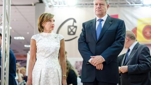 Klaus Iohannis: Carmen Iohannis nu va merge joi la audieri la Parchetul General
