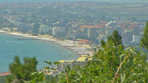 Cum ne-am alungat turiştii la bulgari
