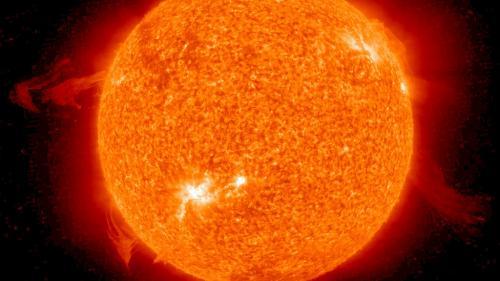 """China a proiectat un """"soare artificial"""" de 6 ori mai fierbinte decât Soarele"""
