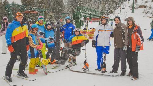 Povestea lui Mihăiţă Papară, snowboarderul care își învinge soarta pe pârtie