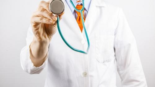 Posturi de medici, scoase la concurs în 44 de spitale din țară
