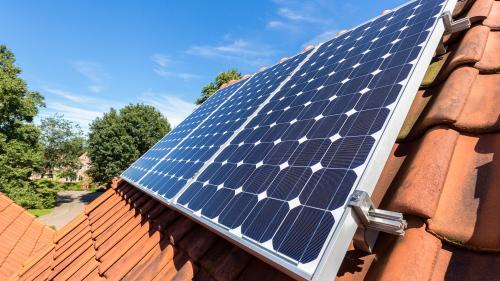 Vin banii pentru cei care vor panouri fotovoltaice
