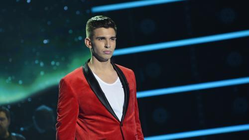 """Cristian Sanda, trimis de public direct în prima gală """"X Factor"""",   însă fetele de la Diamonds au părăsit concursul"""